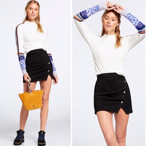 Free People Dresses & Skirts - FREE PEOPLE Notched Side Button Denim Miniskirt 10